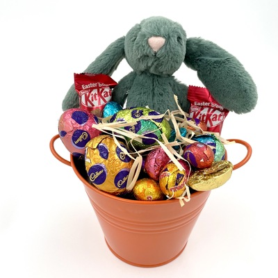 Chocolate easter baskets hampers order online express delivery frabbit negle Choice Image